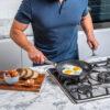Ninja-Cookware-C30020UK-20cm FryingPan-Frying-eggs4