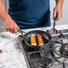 Ninja-Cookware-C30028UK-28cm-FryingPan-Frying-Fish-CloseUp